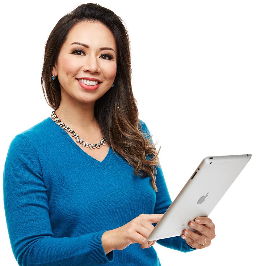 Eileen Hsu holding iPad